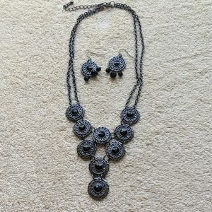 Black Metallic necklace with matching earings